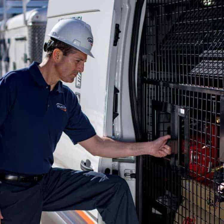 service-tech-at-van